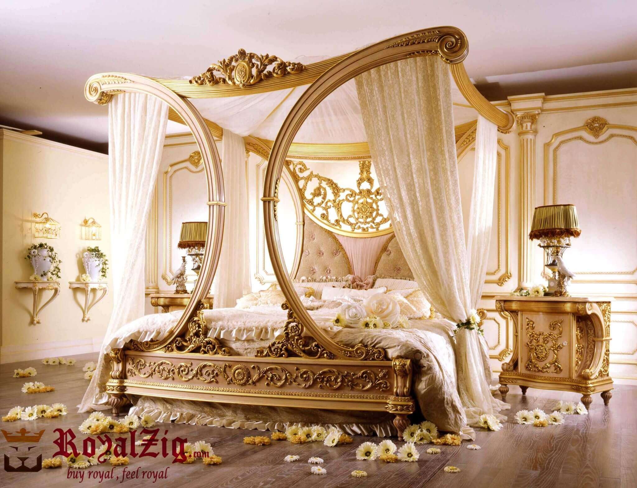 Glamorous Royalzig bed With canopy impressive arched framework Online in India