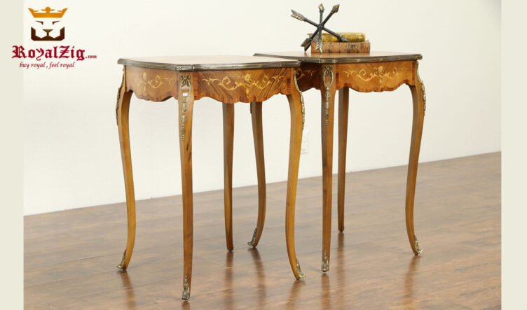 Dominica Antique Style Side Table