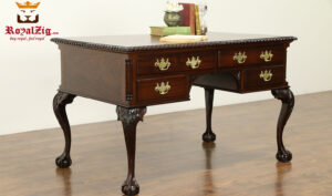 Elizabeth Antique Style Teak Wood Office Table