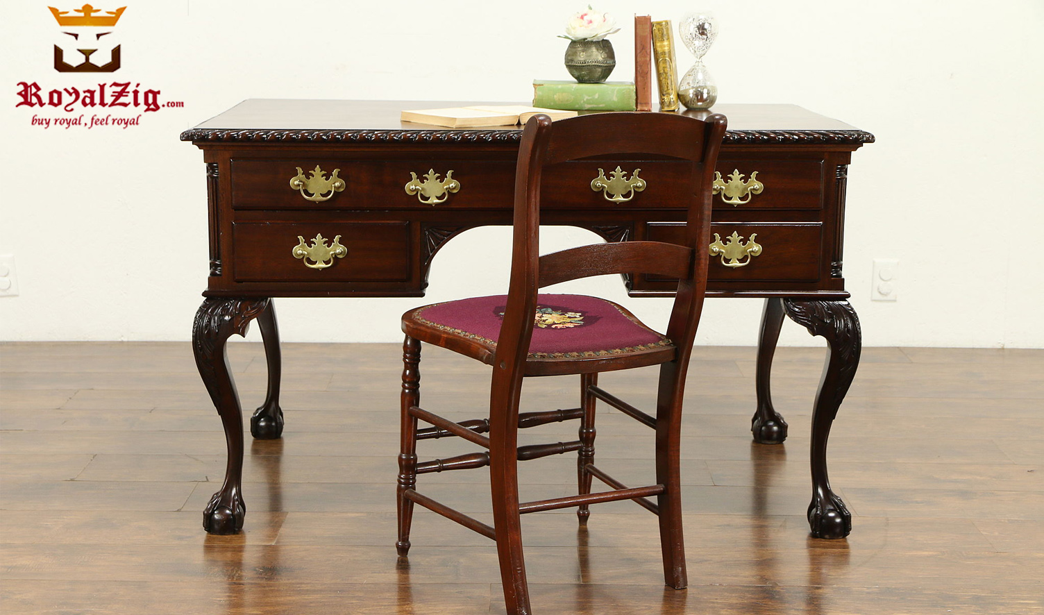 Elizabeth Antique Style Teak Wood Office Table 2