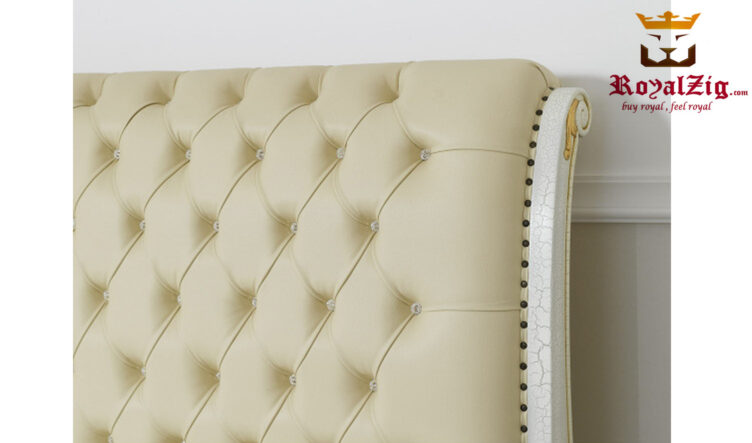 Royalzig Classic Style Upholstered Sharnpur Bed RZHSBF001