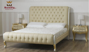 Royalzig Classic Style Upholstered Saharanpur Bed