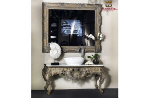 Rustic console with mirror
