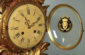 European Style Hand Carved Royal Golden Decorative Clock