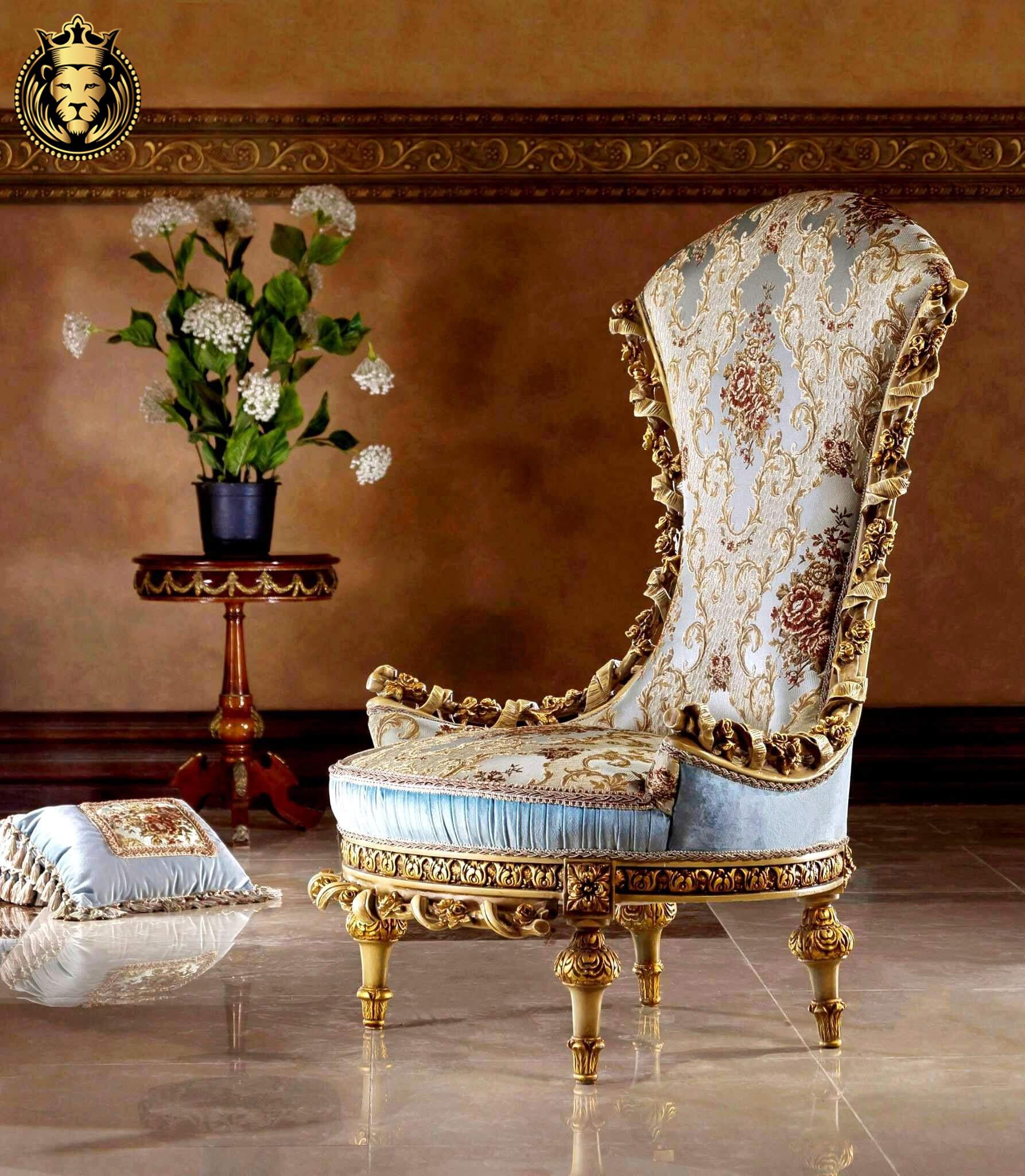 Queen Elizabeth Italian Style Rose Carving Luxury Sofa
