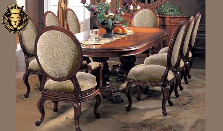 Vadodra Antique Style Teak Wood Dining Table
