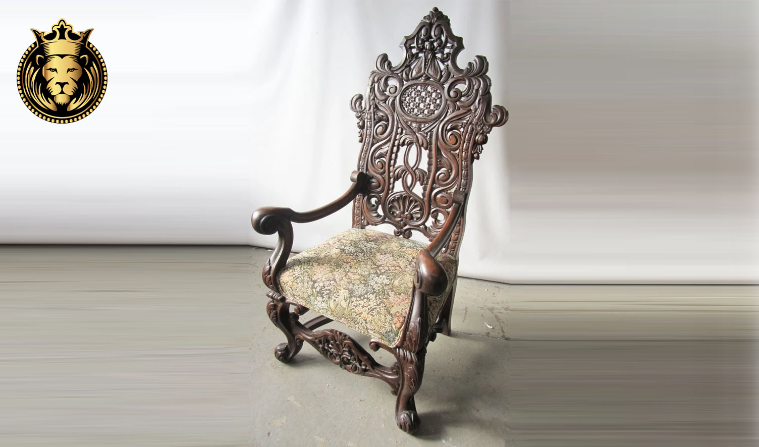 Antique Style Royal Hand Carved Throne Chair