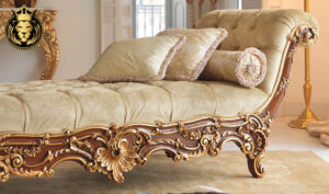 Damayanti European Style Hand Carved Chaise Lounge 2
