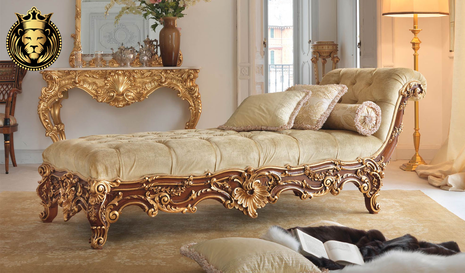 Damayanti European Style Hand Carved Chaise Lounge