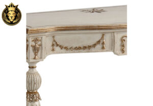 Agrata Classic Style Hand Carved Console Table