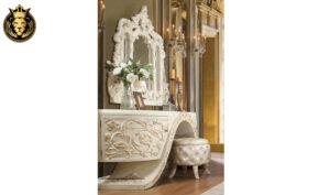 Irvine European Style Hand Carved Royal Bedroom Set